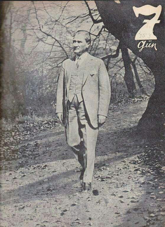 ATATÜRK'ÜN 3.ÖLÜM YIL DÖNÜMÜNDE 7 GÜN DERGİSİ'NDE YAYINLANAN FOTOĞRAFI - 1941