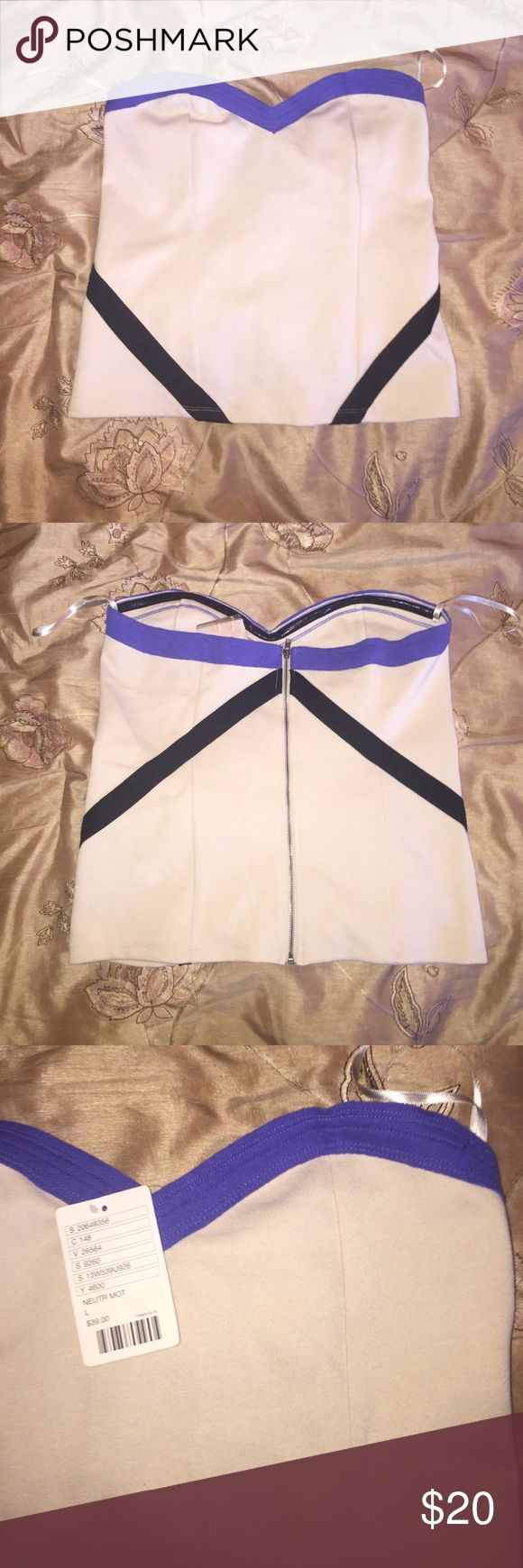 ❗️NWT❗️Strapless beige top w/purple & black detail ❗️NWT❗️Strapless beige top with purple trimming on sweetheart neckline, with black strip detail. Zipper on back and additional detail. Perfect for a fun night out or paired with a blazer to dress up! Offers welcome 😊 silence + noise Tops