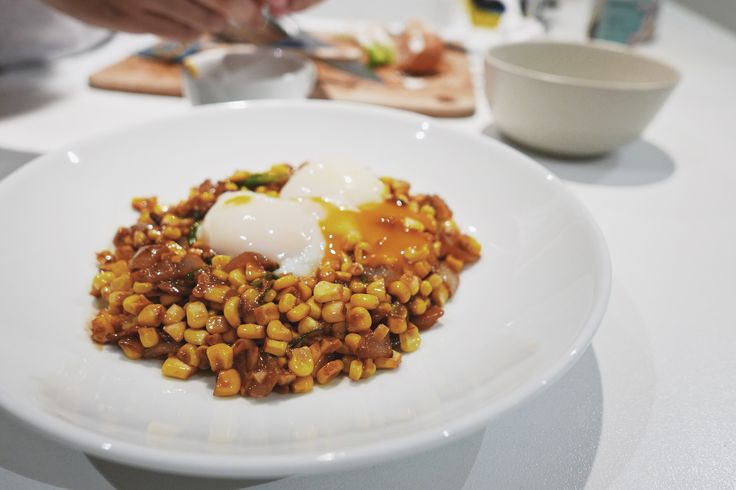 Corn with Miso Butter, Bacon, and Sous Vide Eggs by David Chang – Sarah vs Carbs