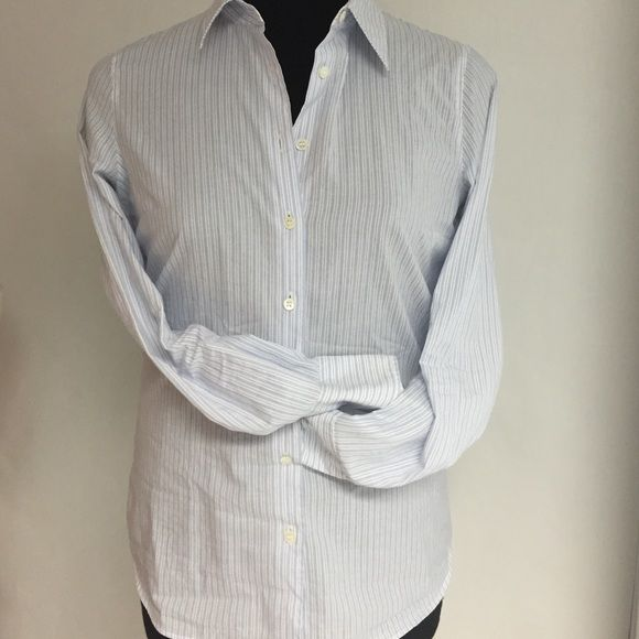 J. Crew Boyfriend Shirt NWT Slim-fit Boyfriend Shirt 100cotton button down reservable white cuff round tail hem. Perfect for the office w/your Pencil Skirt. J. Crew Tops