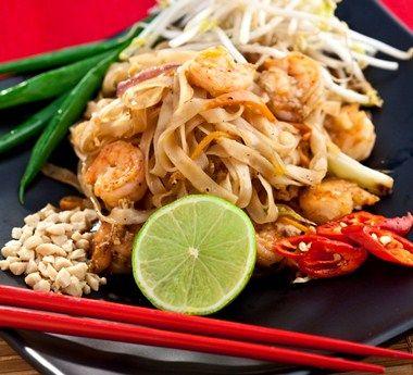 Pad Thai de camarão   Gastrolândia – por Ailin Aleixo