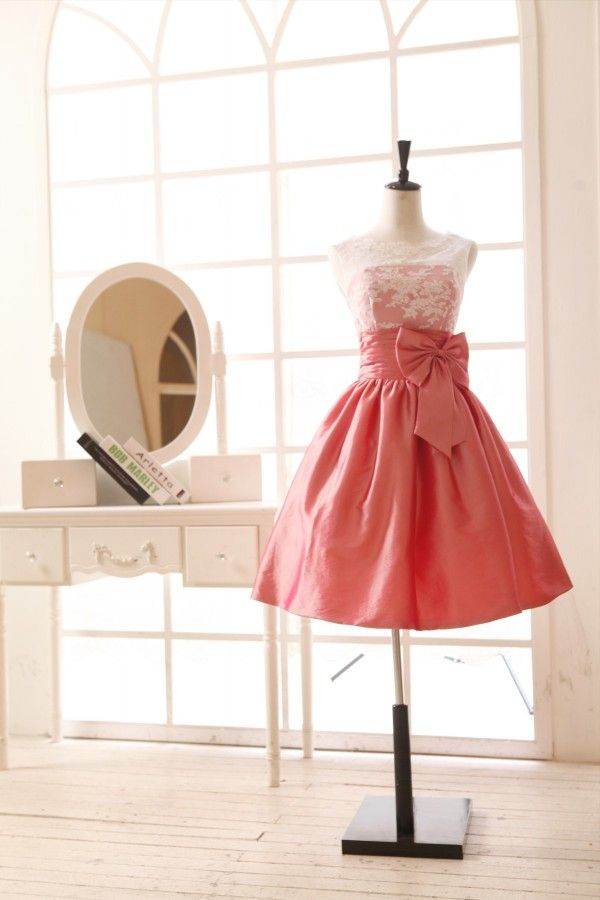 Lace Taffeta Bridesmaid Dress In knee Short Length--Coral Color absolutely LOVE!!!!