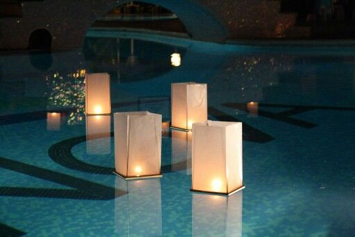 168 mejores im genes sobre boda caro en pinterest mesas for Velas flotantes piscina