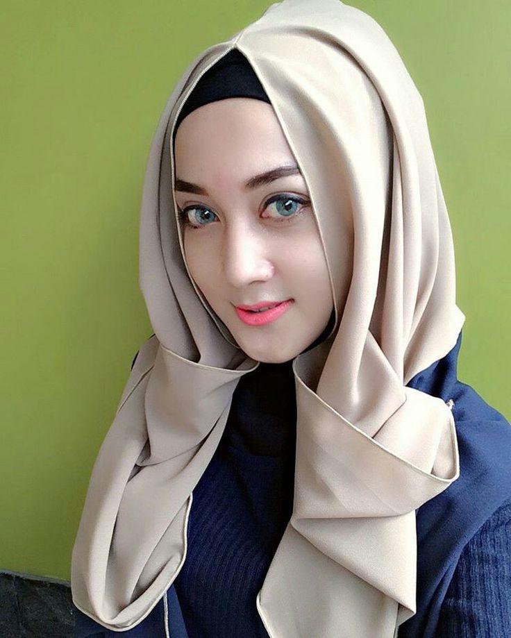 women-soft-heart-muslimah