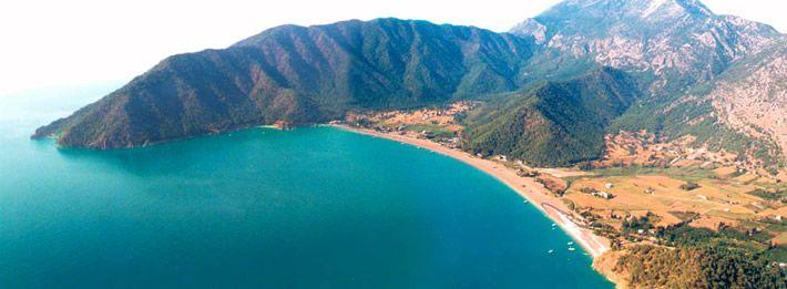 Antalya Kumluca koyu, harika bir doğal güzelliğe sahip olmakla birlikte zengin tarihi geçmişin görüldüğü, yerli ve yabancı turistin ilgisini çeken yerlerdendir. #Maximiles #Turkey #Türkiye #deniz #plaj #denizmanzarası #gezilecekyerler #gidilecekyerler #koylar #plajlar #doğa #doğamanzarası #doğamanzaraları