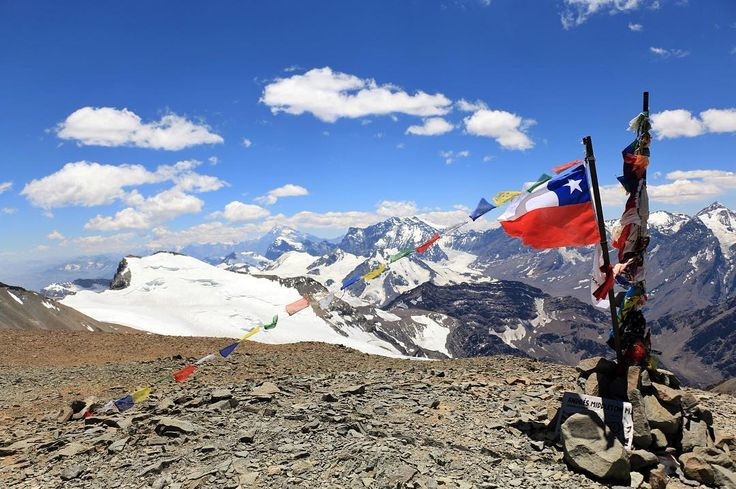¿Has escuchado sobre el niño del Cerro El Plomo? Recorre parte de la hermosa Cordillera de Los Andes y descubre la gran historia que guarda el #CerroElPlomo en esta aventura de 4 días y 3 noches #Chile #ChileTravel #CerroElPlomo #Traveling