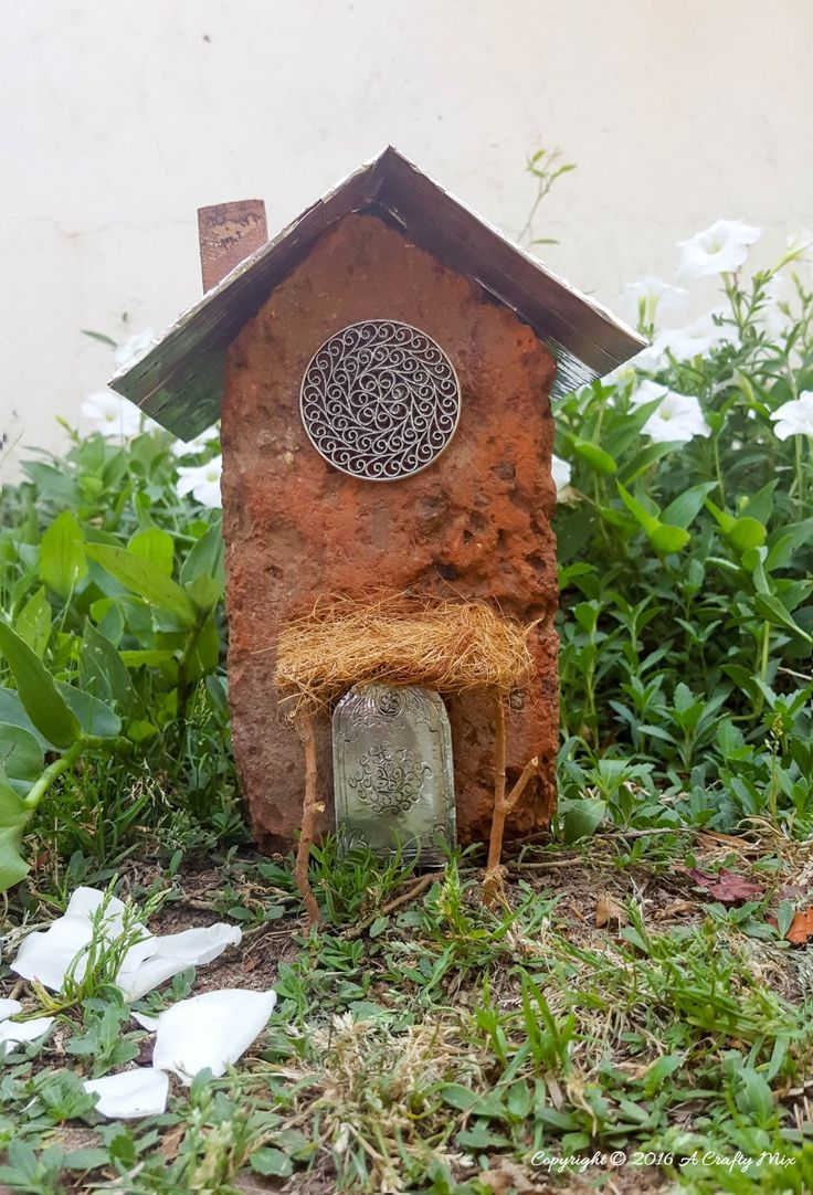 Why buy a fairy house when you can make your own using what you've got at home. Like this one we made this morning using a brick and a cardboard beer box. How to on the blog