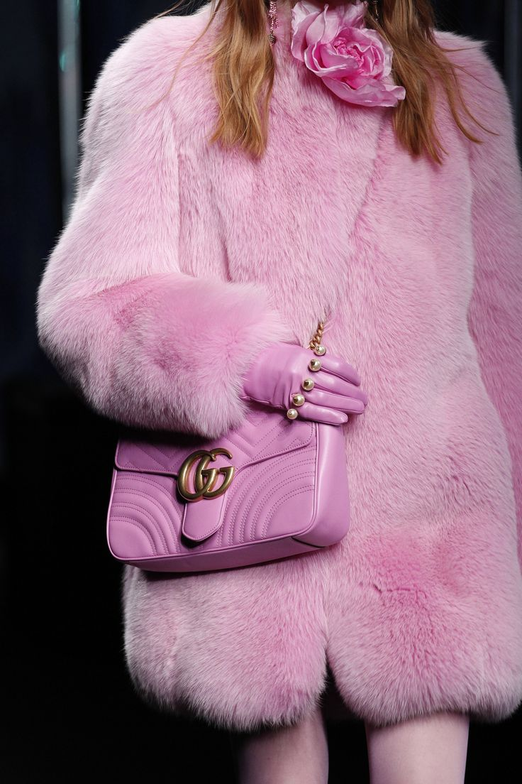 Gucci Fall 2016 Ready-to-Wear Fashion Show Details