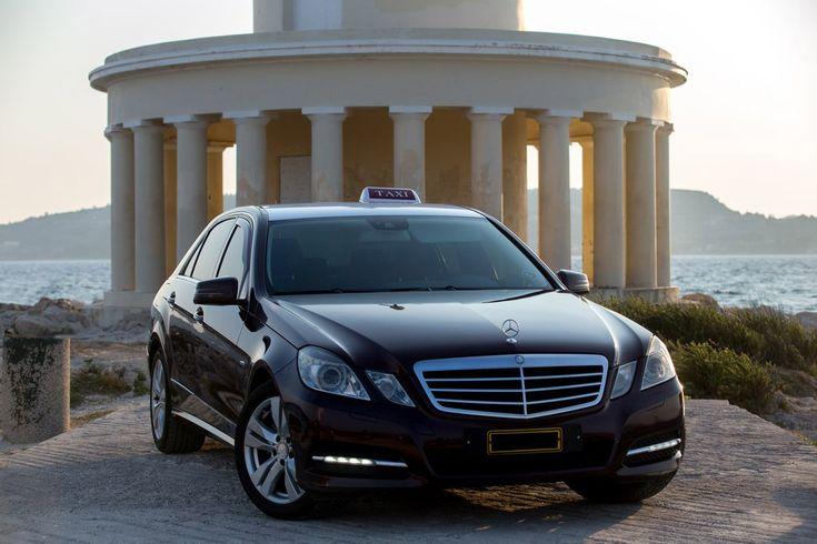 Τα πολυτελή οχήματα μας στην Κεφαλονιά, σας περιμένουν να σας προσφέρουν μια μοναδική ταξιδιωτική εμπειρία. ΄Κλείστε τις μετακινήσεις σας online τώρα γρήγορα και οικονομικά!!