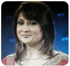 Urvashi Dholakia is an Indian television actress. She was born on 9th July 1979. Urvashi Dholakia is half Gujarati and a half Punjabi girl. Urvashi tied the knot at the age of 16 years. She gave birth to twins at an age of 17 years.