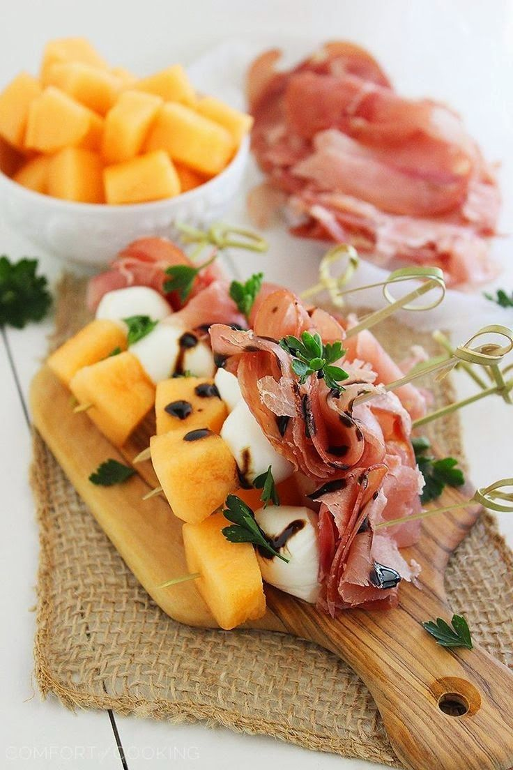 Melon,prosciutto and mozzarella skewers.Very easy and simple appetizer http://recipe.An excellent choice for any party!