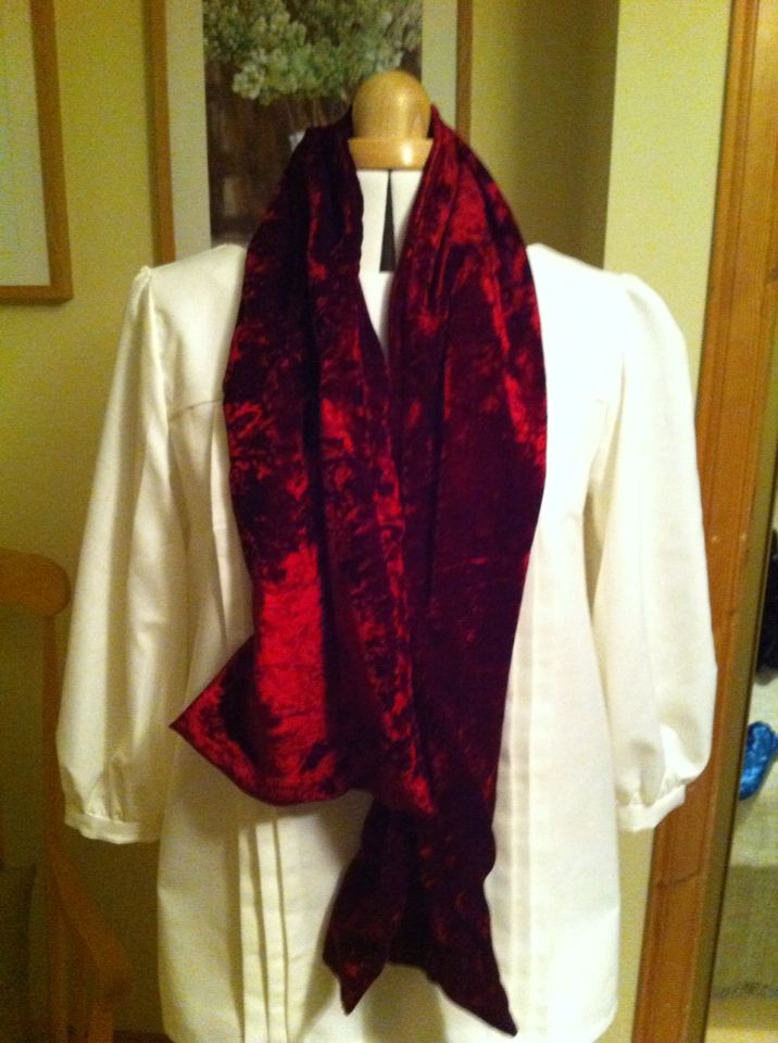 Crushed red velvet scarf. November 2015
