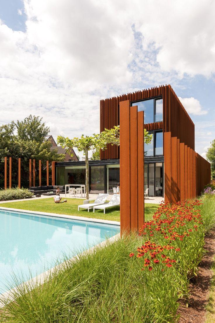 The Corten House-Belgique Image Courtesy  Luc Roymans