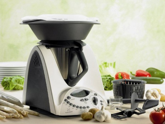 Vorwerk Thermomix TM 3.  The German-engineered Thermomix blends, steams, boils, grates, whisks, kneads, chops and weighs. Add this to the wish list!