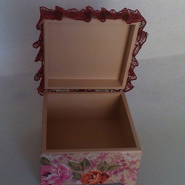 kokoş kutu