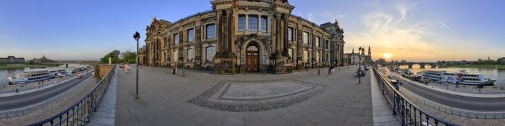Saxony, Dresden ~ Brühlsche Terrasse - Kunstakademie und Kunstverein (Academy of Art and Art Association), Hochschule für Bildende Künste (Academy of Fine Arts)