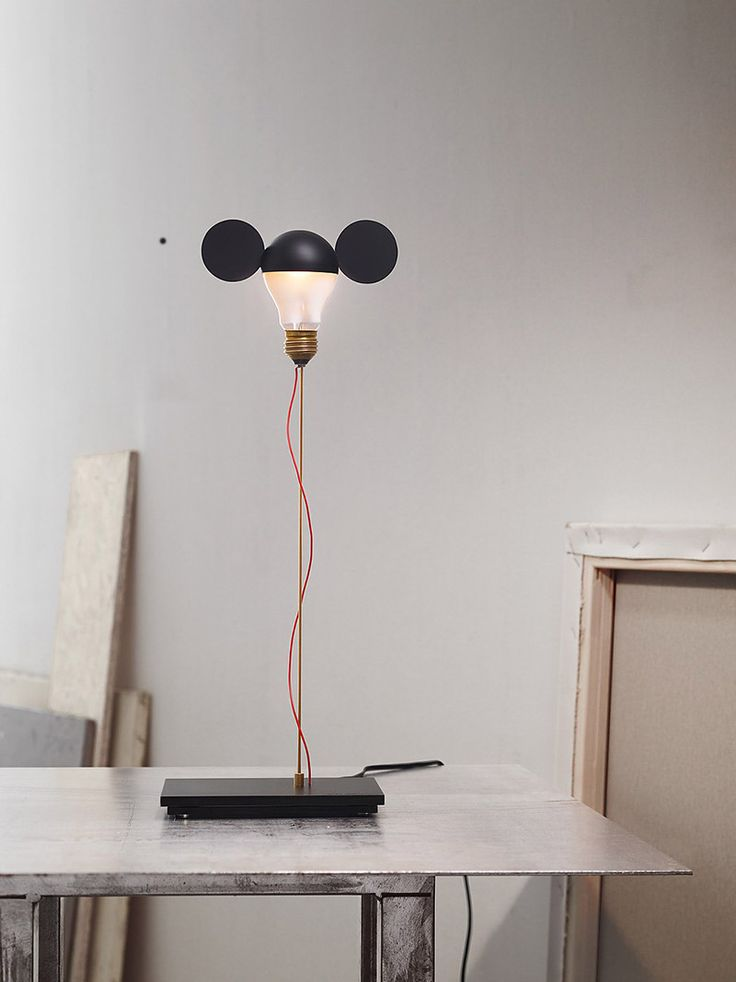 Ingo Maurer's ode To Mickey Mouse | Table light