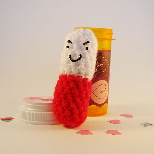 What to craft with pill bottles there are some really for Medicine bottle crafts