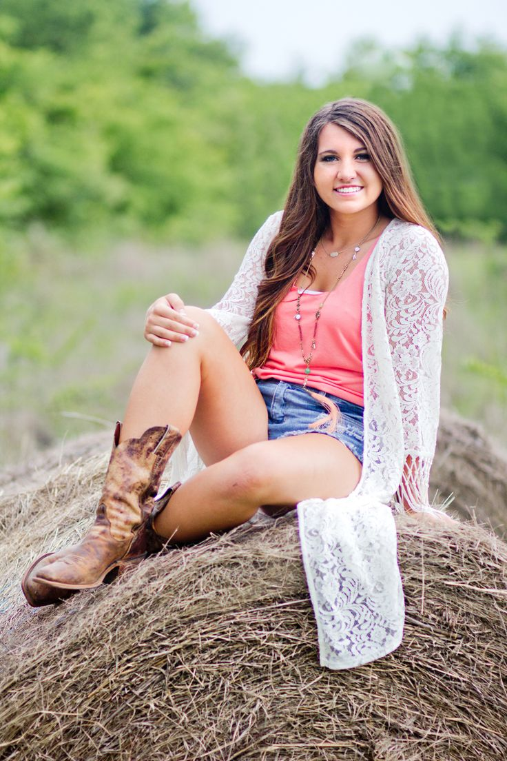 Callie Beth Photo + Design // calliebethphoto.com // #calliebethphoto // Senior, Senior Pictures, Girl Senior Pictures, Senior Picture Props, Rockwall Photographer, Dallas Photographer, Hay Bale, Country Girl, Cowboy Boots, Lace, Outdoor Pictures