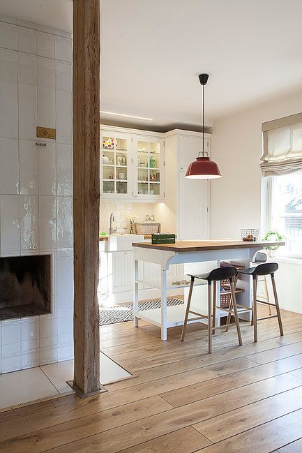 kitchen made by KROMO DISAIN OÜ // scandinavian design // minimalistic interior