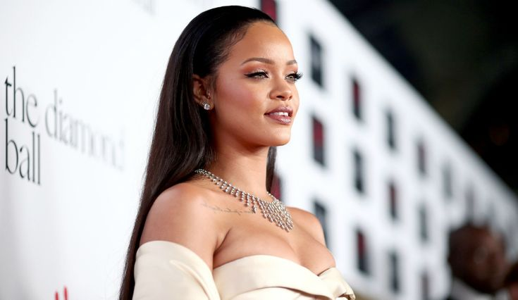 Rihanna Begins Filming For 'Valerian' In Paris Amid Continued 'Anti' Album Release Date Rumors