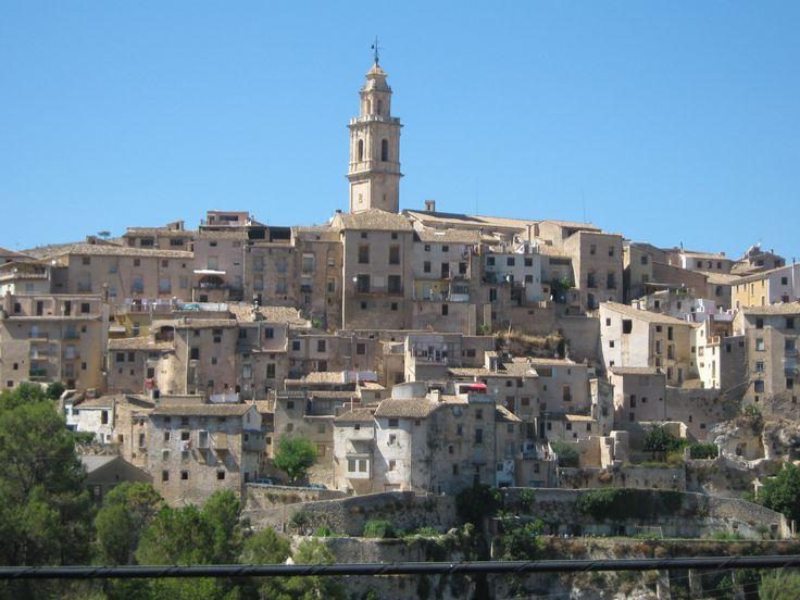 Bocairent is een gemeente in de Spaanse provincie Valencia in de regio Valencia met een oppervlakte van 97 km². Bocairent telt 4.456 inwoners (1-1-2012). Naast het Natuurgebied de Sierra Mariola, het middeleeuwse dorp en het klooster, zijn er nog tal van bezienswaardigheden te bekijken zoals de Moorse grotten, ijskelders en la Valleta.