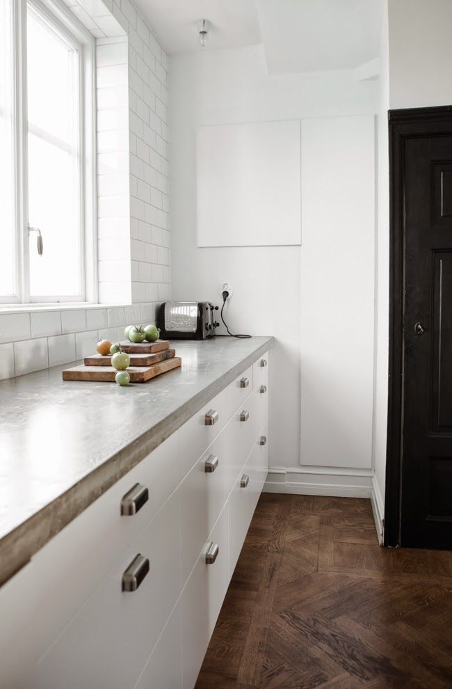 how to keep kitchen countertops clutter free