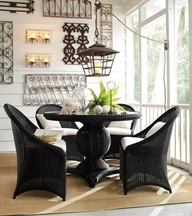 Sun room ideas - love the table pedestal!