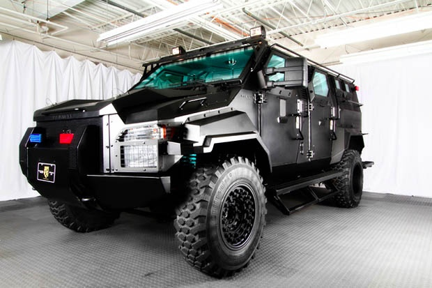Ford f750 pitbull vx | Monster trucks | Pinterest ...