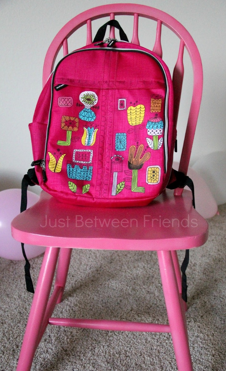 Adorable DIY backpack From Just Between FriendsAwesome Diy, Diy Ideas, Diy Backpacks, Crafts Ideas, Backtoschool Backpacks, Awesome Ideas, Kids Backpacks, Sharpie Design, Sharpie Backpacks
