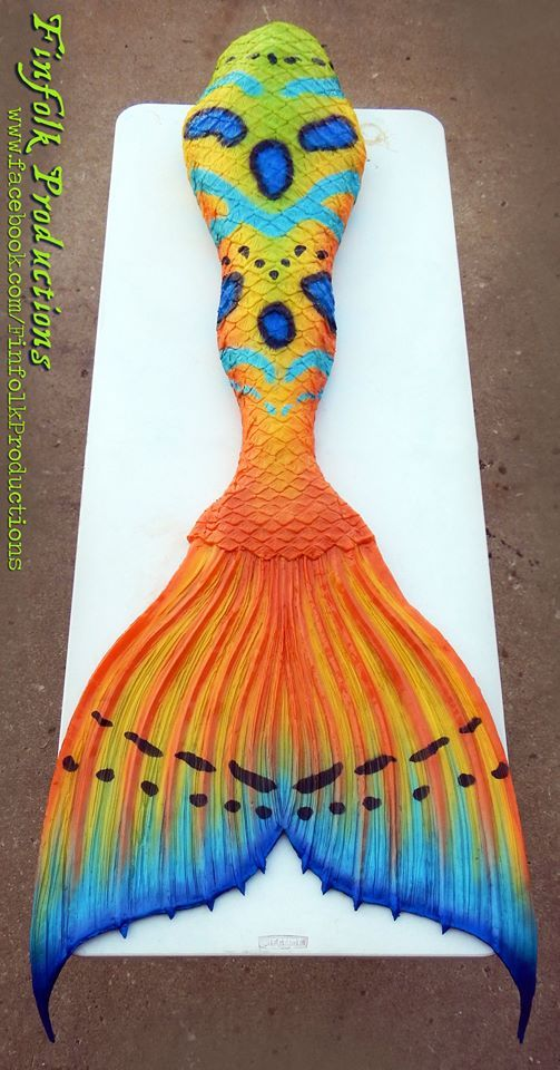 Full silicone tail by Finfolk Productions. Featuring their Classic fluke and inspired by a Mandarin Goby!