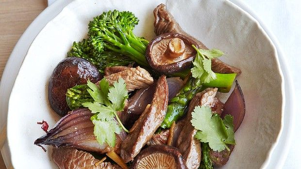 Asparagus, Broccolini, Beef and shitake stir-fry recipe - Michelle Bridges
