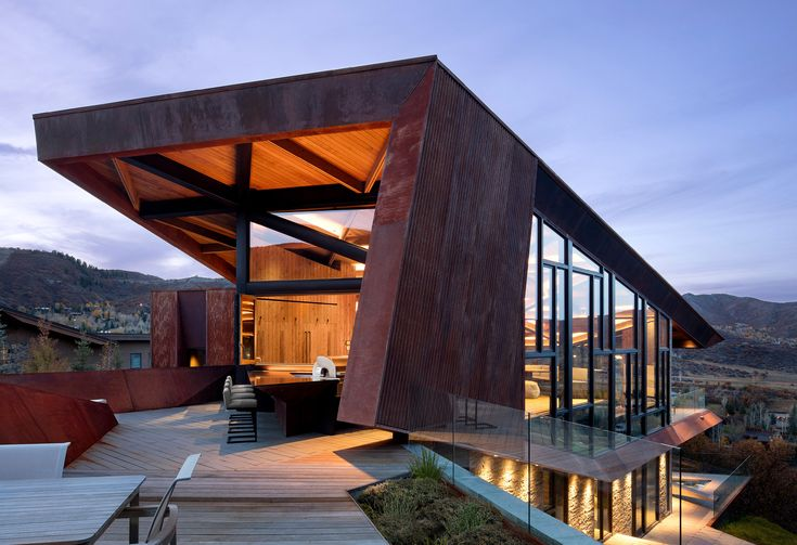 Photo 9 of 16 in An Angular Mountain Retreat in Colorado Captures Breathtaking Views - Dwell