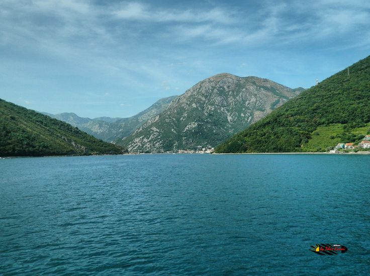 Bay of Kotor, Montenegro, Nikon Coolpix L310, 6.2mm, 1/250s, ISO80, f/9.4, -1.0ev, panorama mode: segment 2, HDR-Art photography, 201607081602