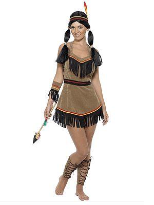 Bruine indianen jurk voor dames. Deze indianen jurk wordt inclusief riem, hoofdband met veer, armband en accessoires voor de benen geleverd. Bij dit indianen outfit voor dames kunt u veel accessoires bestellen. Carnavalskleding 2015 #carnaval
