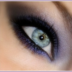 Black and blue smoky eye. I rocked this recently and LOVED it. Made my hazel/green eyes pop.