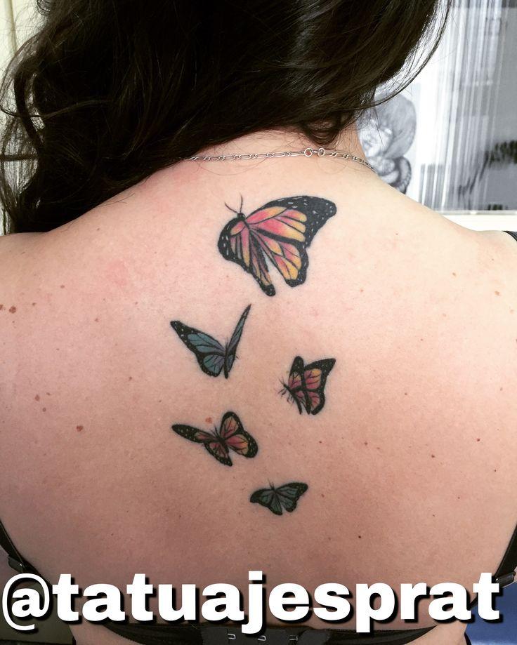 Tatuaje de mariposas cicatrizado por Camilo Prat @tatuajesprat Local de tatuajes en Santiago