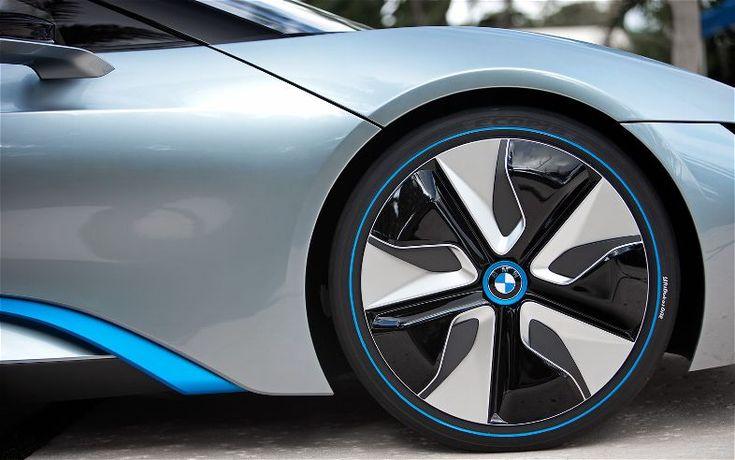 New BMW i8 Concept Spyder wheels View