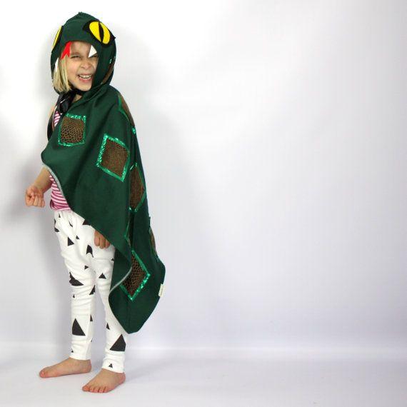 De slang handgemaakte Kinder kostuum PRE door sparrowandbcostumery
