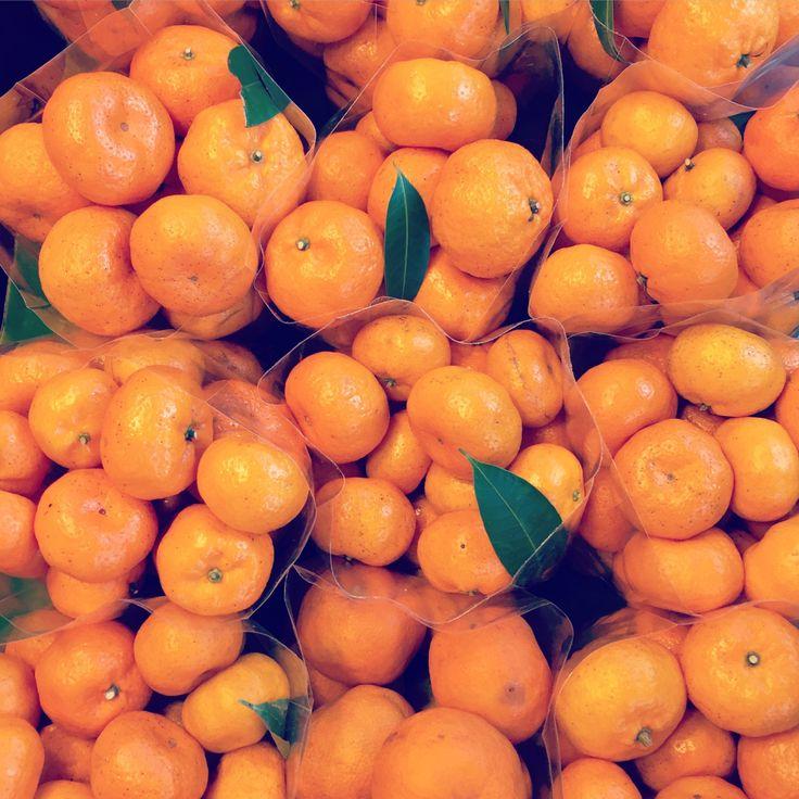BBM KOREA   Amphawa, Thailand   Fruit Stand