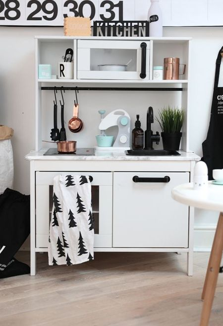 82 besten ikea hack duktig kinderk che bilder auf pinterest klebefolie ikea kinderk che und. Black Bedroom Furniture Sets. Home Design Ideas