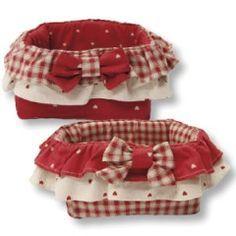 Basket trapuntato quadrato con fiocchi rossi Angelica Home & Country