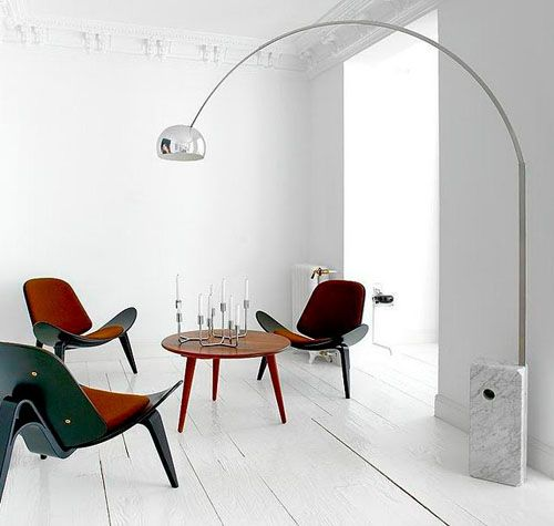 w ładnym ujęciu :: Arco lamp with Hans J. Wegner CH07 chairs