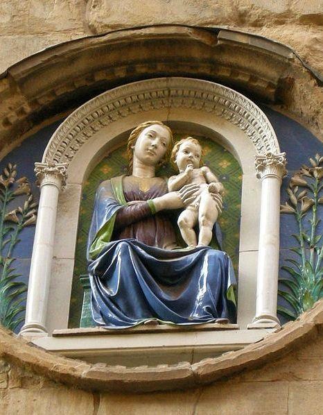 Мадонна в храме Орсанмикеле, Лукка Делла Робиа