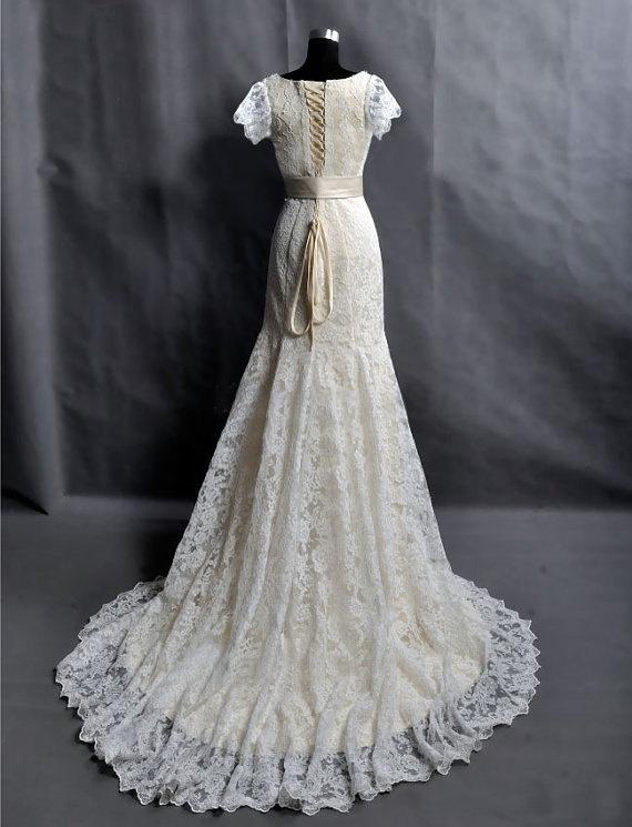 Vintage Lace Wedding Dress Bridal Gown Cap Sleeves V Neck