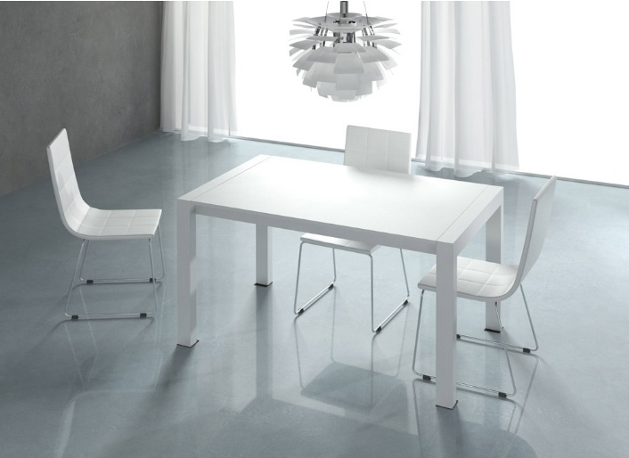 Mesa comedor extensible lacada en blanco medidas 140 for Mesa comedor cristal 200 cm