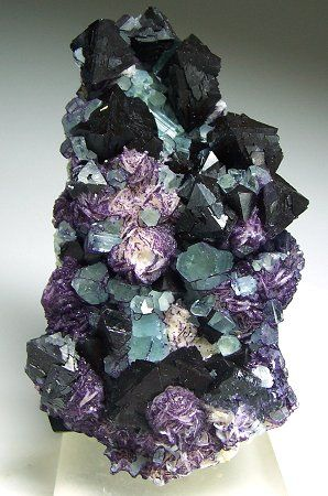 bertrandite, fluorite and fluorapatite