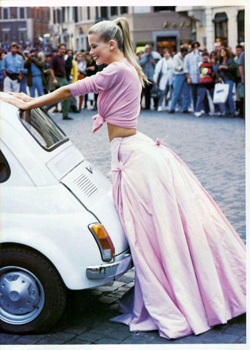 Claudia Schiffer - Vogue 1994. Arthur Elgort.