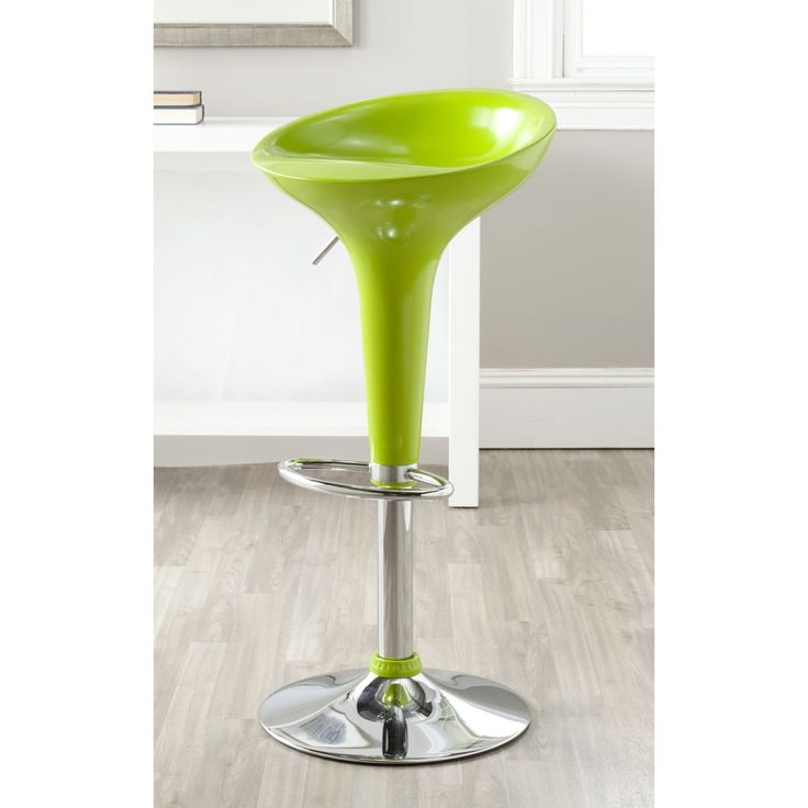 The sophisticated style of the Sacha bar stool speaks the international language of modern design with its iconic tulip-shaped swivel seat.