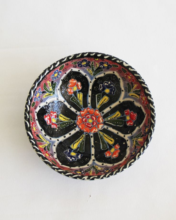 Add a bohemian touch to your table with our handmade Turkish bowls. Perfect for serving nibbles and side salads but equally gorgeous on display on a side table, console or dressing table.INFORM...
